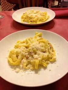Fettuccine alla carbonara fiori di zucce from Il Timoniere in Rome